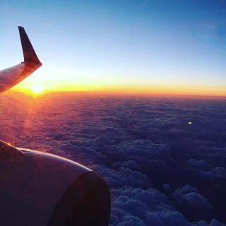 飛行機の中から画像