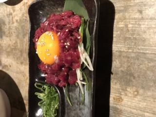 桜肉のユッケ(灬╹ω╹灬)画像