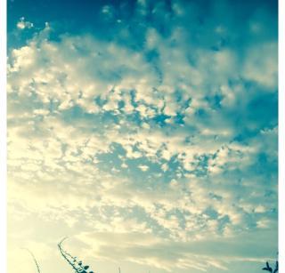 朝の空画像