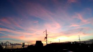 空がピンク画像