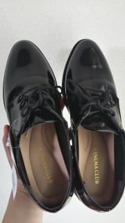 おニューの靴画像