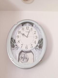 からくり時計とチャット時間画像