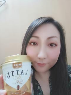 コーヒー飲みながら☆画像