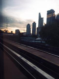 通勤モノレール。
