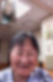 久々に老人ホームにいるおばあちゃんとビデオ通話画像