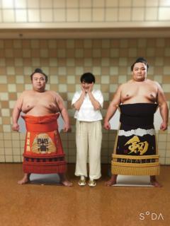 また相撲観戦画像
