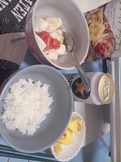 今日の夕食〜。画像