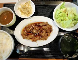 焼肉定食お肉増しご飯少なめ画像