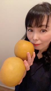 大きな梨もらったよ。画像